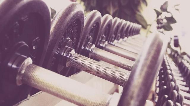 無理に体重を減らすとリバウンドする可能性が高くなる